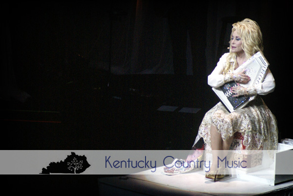 Dolly Parton proves to be the Rhinestone Queen of Country Music with Kentucky tour stop