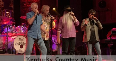 Oak Ridge Boys performing at Renfro Valley Entertainment Center on June 2, 2018. Photo by Jessica Bray/Kentucky Country Music.