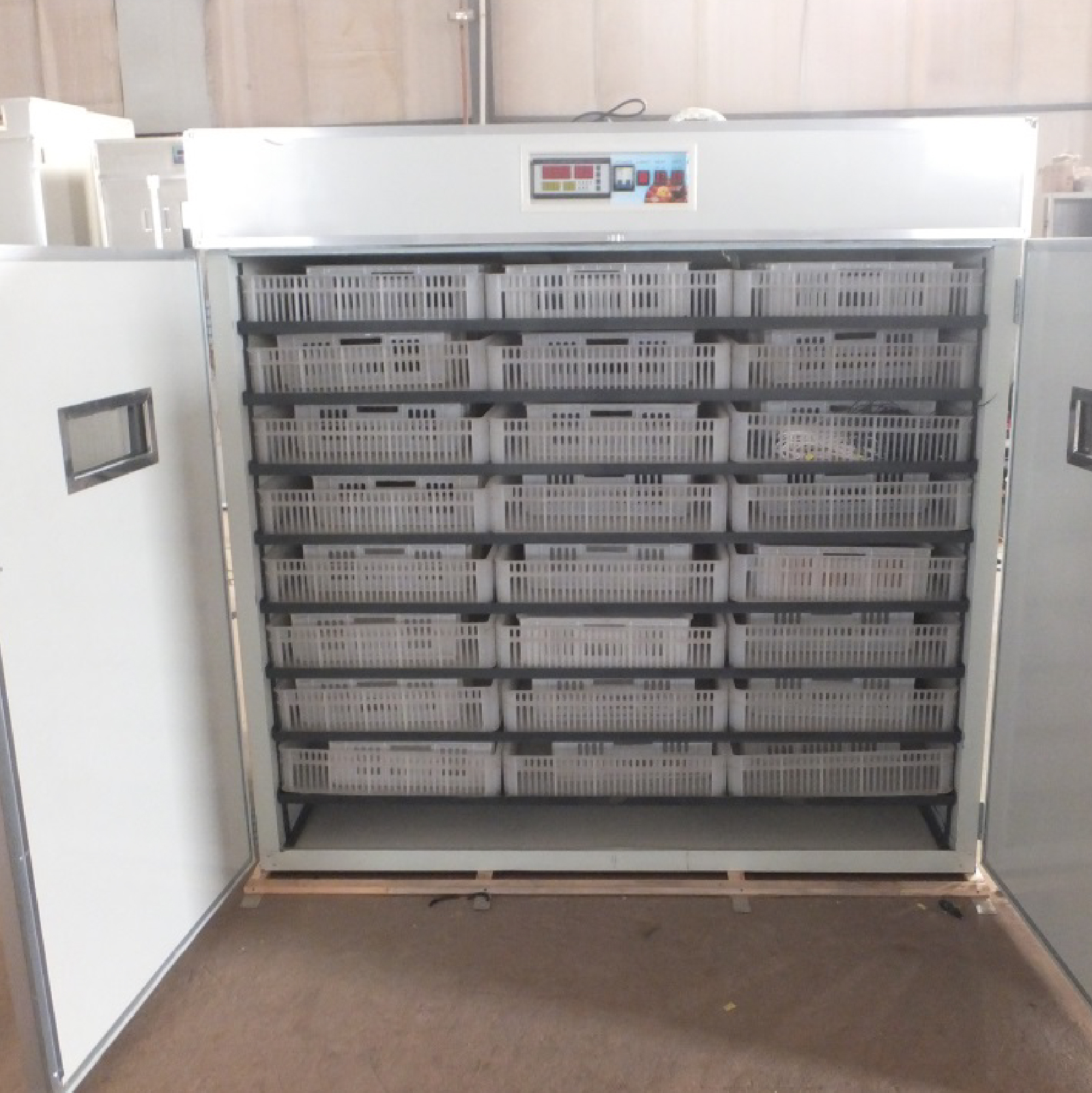 5280-Eggs-Incubator-Machine
