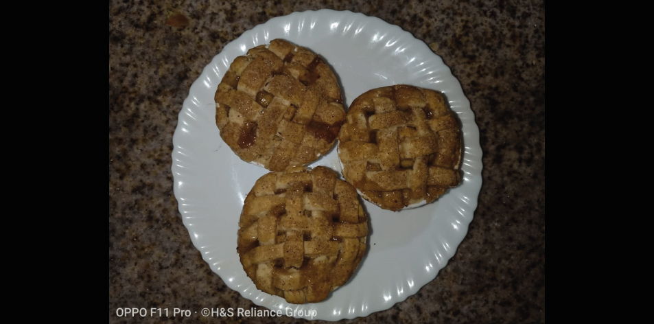 Classic Mini Apple Pies – H&S Recipe Of The Week