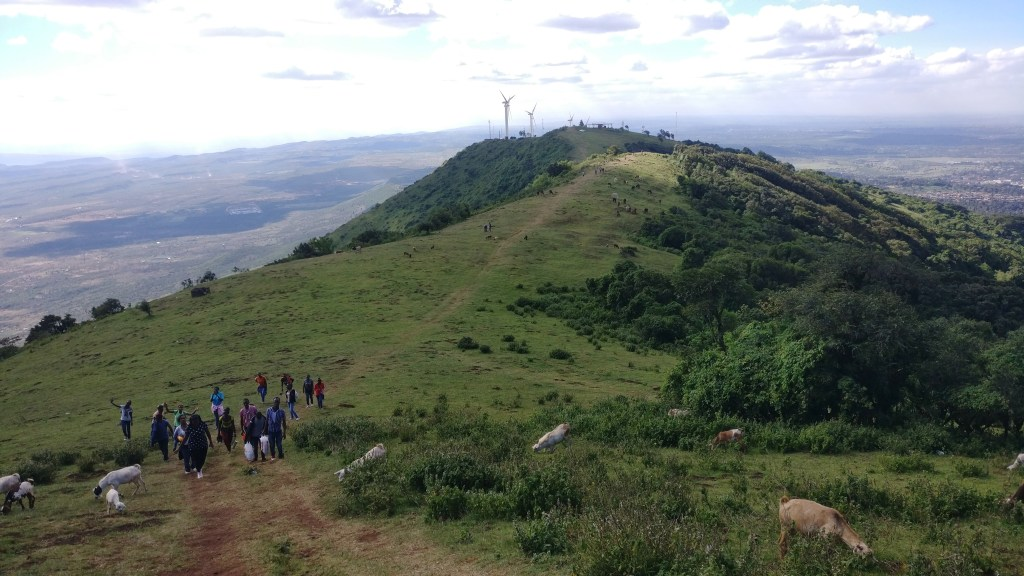 How to Make As a Private Local Tour Guide in Kenya