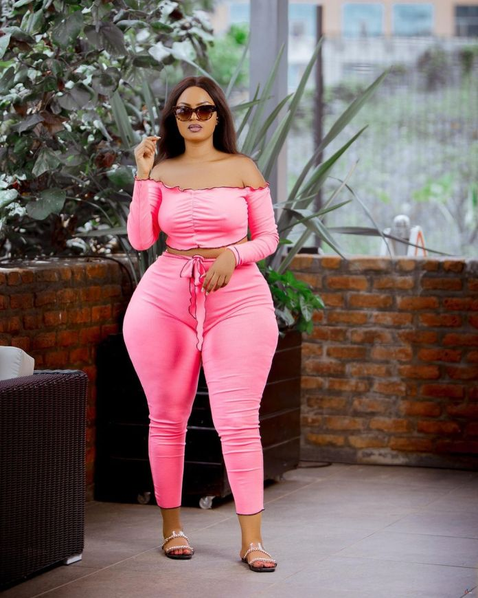 The hottest socialite in Burundi continues giving guys sleepless nights