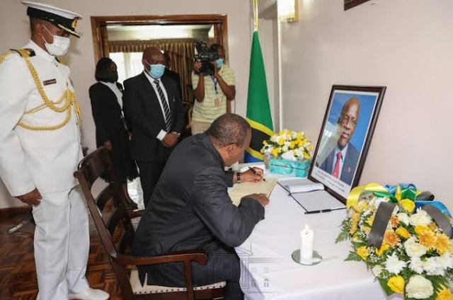 Kenyans blast UHURU over this remark he made while paying tribute to late Tanzania President JOHN POMBE MAGUFULI – LOOK!