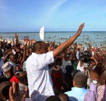President Uhuru Kenyatta at the Public pirates Beach Mombasa