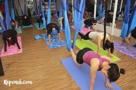 Aerial Yoga, Yoga Swing