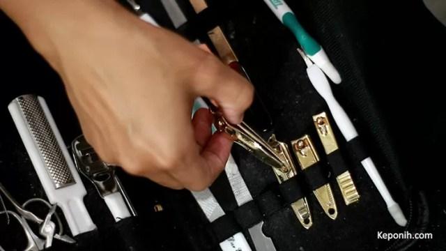 peralatan manicure pedicure