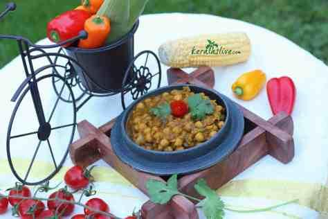 How to make chickpeas chana masala