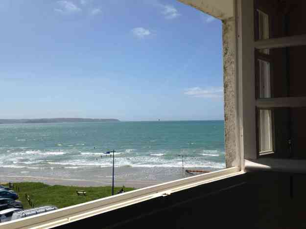 Appartement-5- Vue exceptionnelle sur la plage- Douarnenez--Crozon