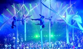 Coco-Bongo Nightclub, great shows.