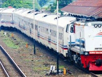 KA Sriwijaya - (Youtube: Hamid Railfans PRP)