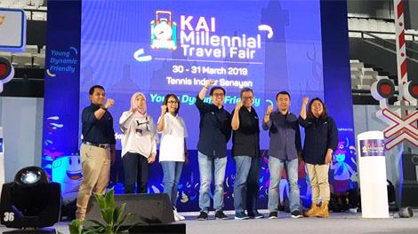 Jajaran Direksi PT KAI resmi membuka KAI Millennial Travel Fair yang diselenggarakan di Tennis Indoor Senayan, 30-31 Maret 2019.