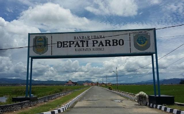 Photo of Deki Almitas Bantah Namanya Dicatut Sebagai Tersangka Kasus Proyek Bandara oleh Salimin