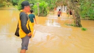 Photo of Banjir di Batanghari, Puluhan Rumah Terendam