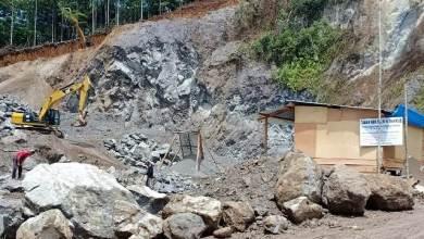 Photo of Lagi, Tambang Illegal Beroperasi di Gunung Raya
