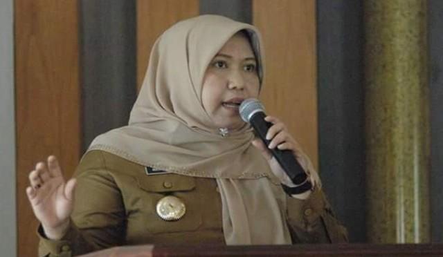 Photo of Diperiksa KPK, Masnah Busro Bupati Muaro Jambi Bantah Terima Gratifikasi