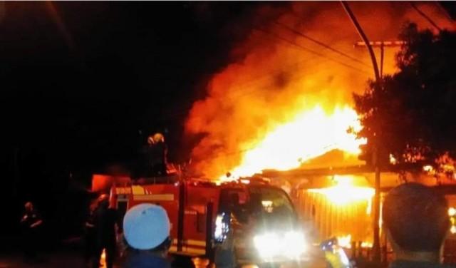 Photo of Ada Ledakan di Rumah Ibu Rosma, Api Berhasil Dipadamkan