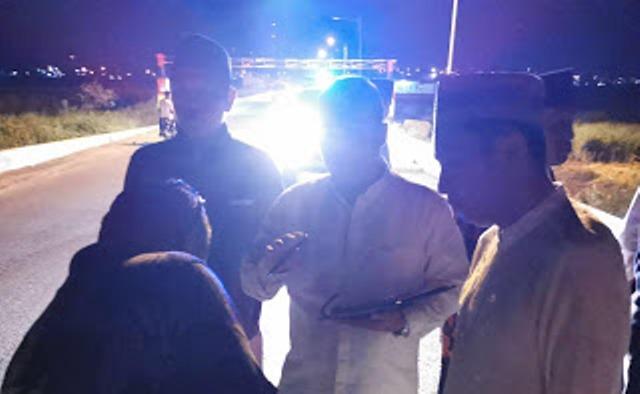 Photo of PJU Banyak Mati, Dini Hari Ketua DPRD Sungai Penuh Turun ke Jalan