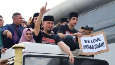 Photo of Ahmad Dhani Nyatakan Tetap di Dunia Politik