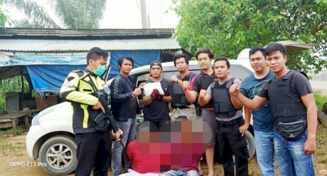 Photo of Dua Warga Aceh Diamankan Aparat Polisi Diduga Bawa Sabu