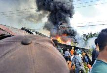 Photo of Kebakaran di Kayu Aro, Rumah Ibu Fenti dan Kendaraannya Ludes
