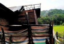 Photo of Rumah Warga Kerinci Dihantam Badai