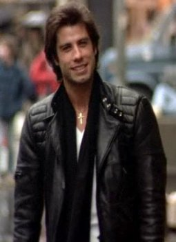 john-in-staying-alive-john-travolta-38157183-317-437