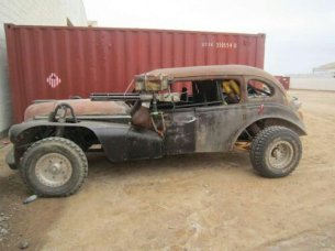 wpid-Mad-Max-Fury-Road-Photos-Weaponized-Car.jpeg