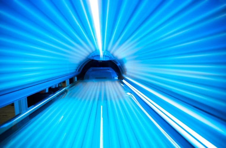 treating psoriasis with tanning bed