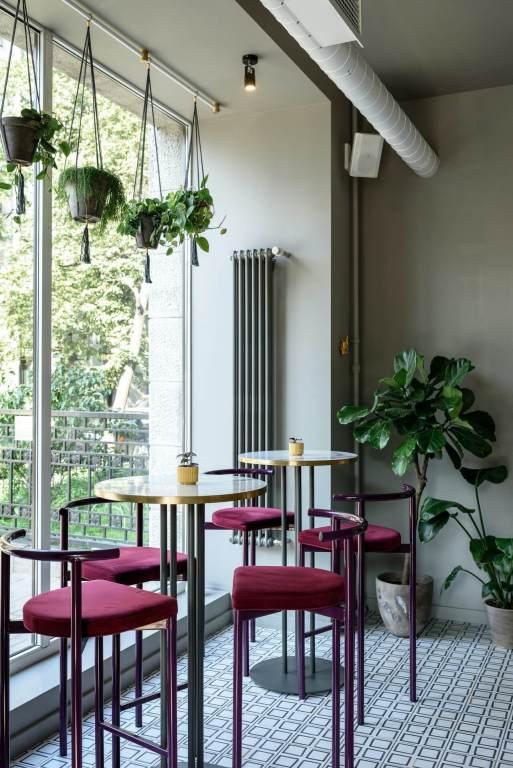 Velvet chair cafe furniture bar kernig krafts