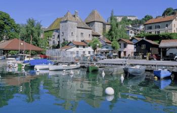 Port-de-Rives-a-Thonon-les-Bains