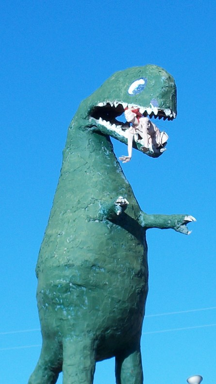 Yet another Route 66 dinosaur