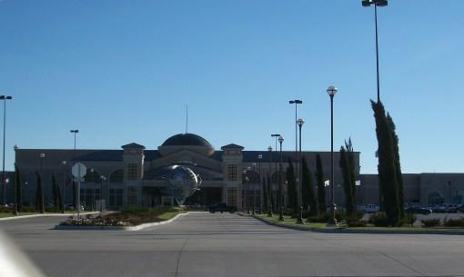 Main entrance to WInStar Casino (hotel around back).