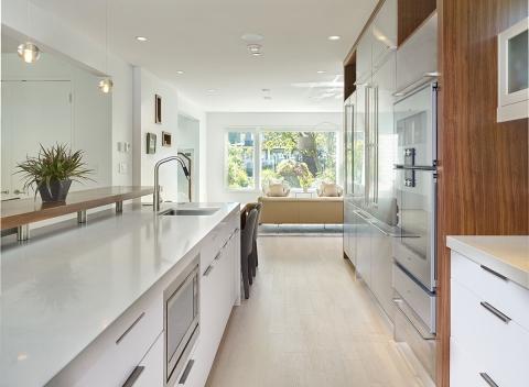 sleek-kitchen-renovation-vancouver