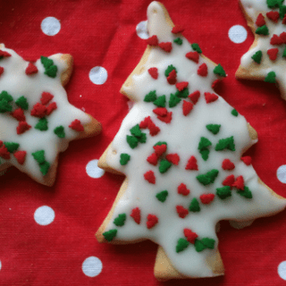 Homemade Christmas Tree Shortbread – perfect for gifts!