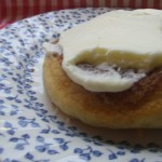 Cinabon style Cinnamon swirl buns with fluffy cream cheese frosting