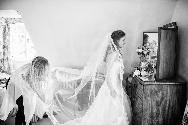 beautiful veil of kent bride