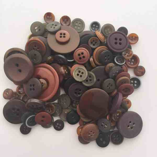 Mixed Resin Buttons Brown