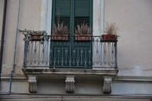 balcon sec, Syracuse