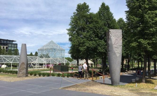 MN-sculpture-garden-entrance-ketan-deshpande-minnesota