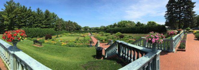 Clemens-garden-photo-by-ketan-deshpande-minnesota