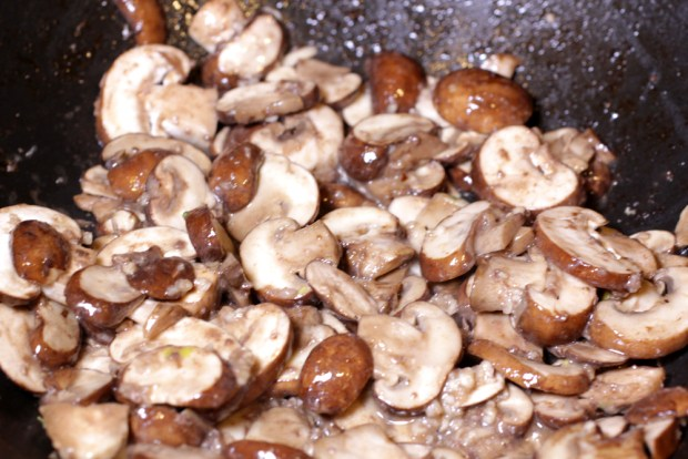 Sauteed Mushrooms and Garlic