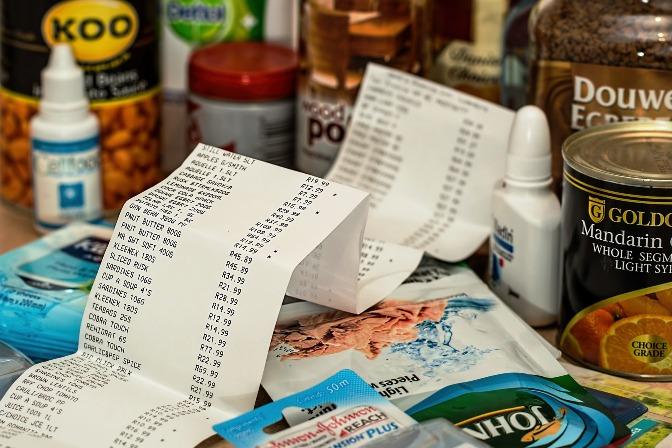10 tips for saving money on food and food preparation