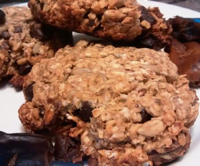 Banana Oat Date Breakfast Cookies