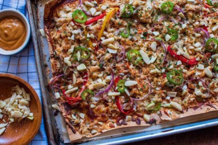 Keto Thai Chicken Pizza