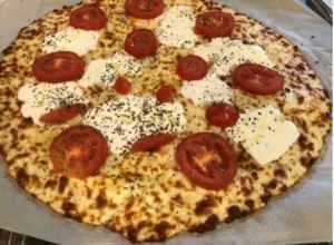 Keto Margherita Pizza