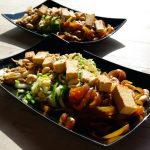 Gebratener Tofu auf Konjaknudelsalat – vegane, ketogene Köstlichkeit