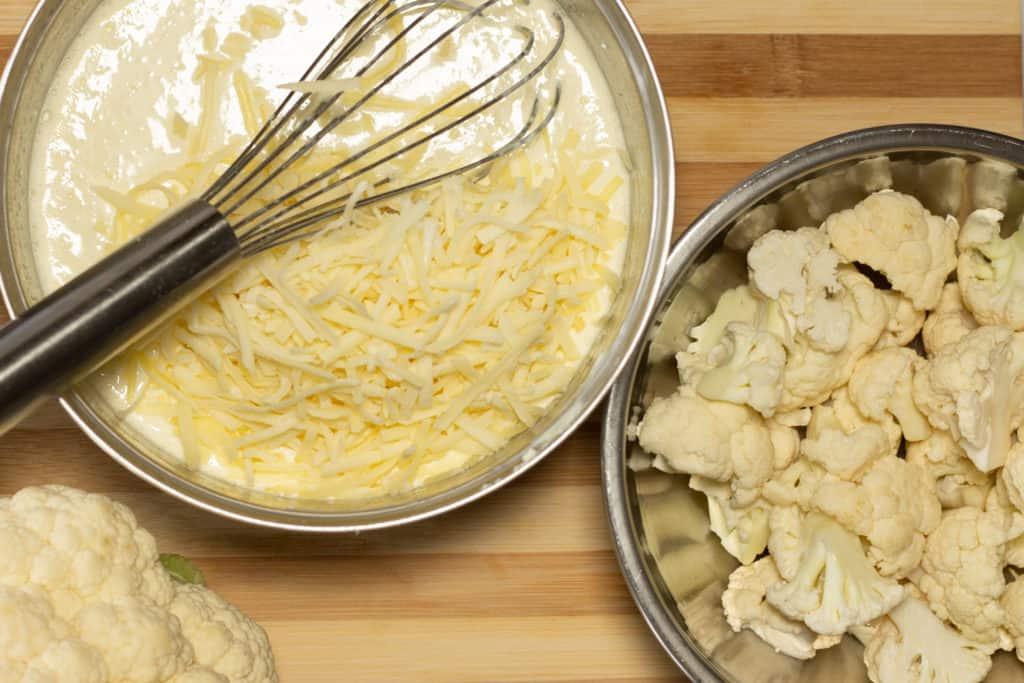cauliflower no-mac n cheese mixing in cheese