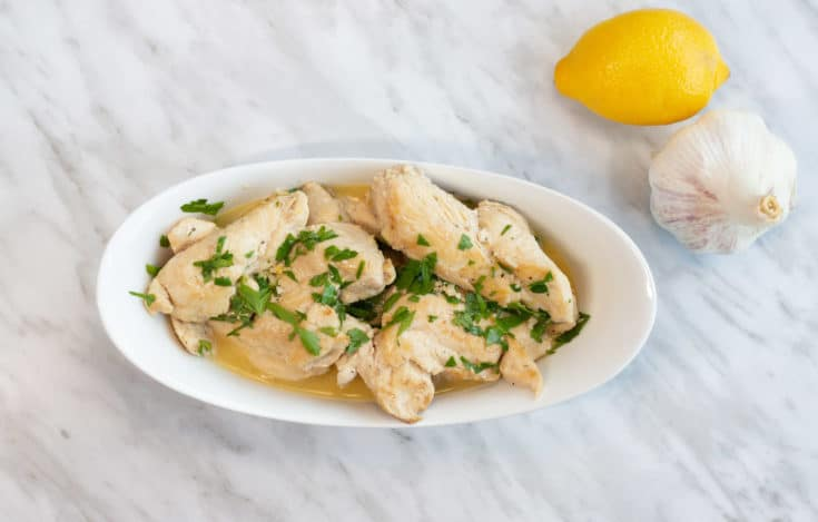 Low-carb and keto Chicken scampi in a serving bowl