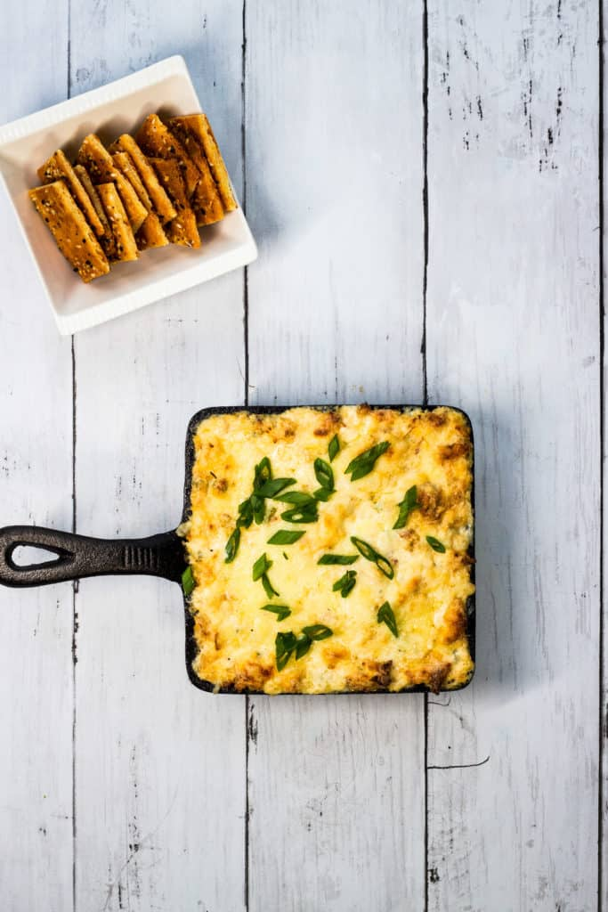 keto crab rangoon dip with cheesy keto crackers