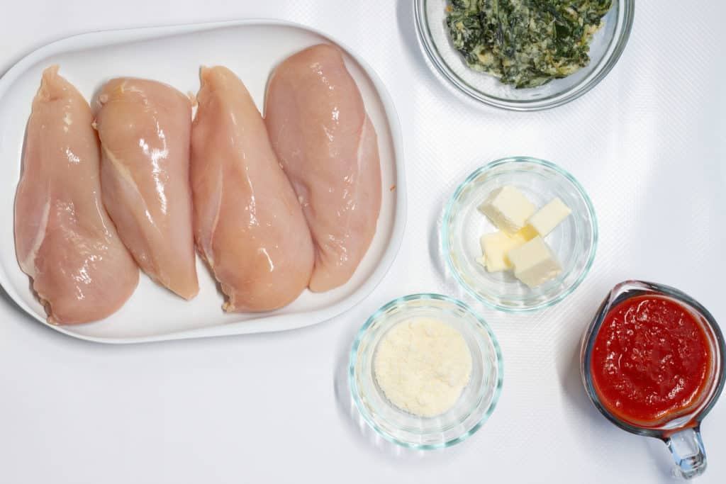 ingredients to make spinach stuffed chicken